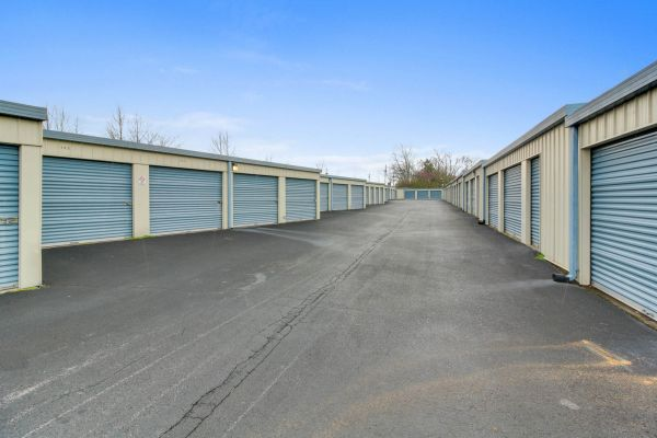 US Storage Centers - Murfreesboro - 1323 NW Broad St 1323 NW Broad St Murfreesboro, TN - Photo 4