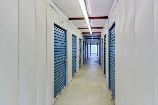 US Storage Centers - Murfreesboro - 1323 NW Broad St 1323 NW Broad St Murfreesboro, TN - Photo 8