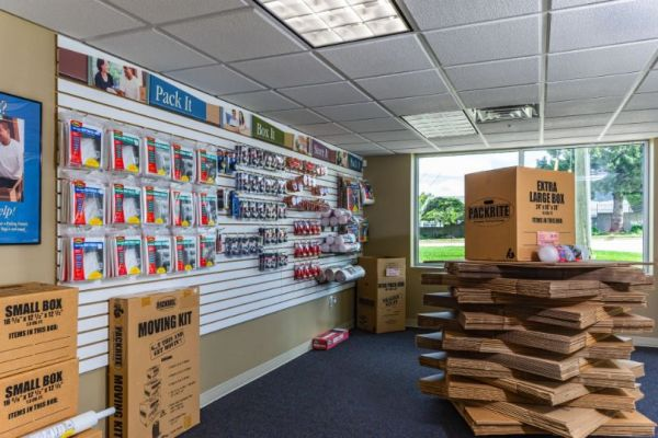National Storage Centers - Bloomfield 540 S Telegraph Rd  Pontiac, MI - Photo 7