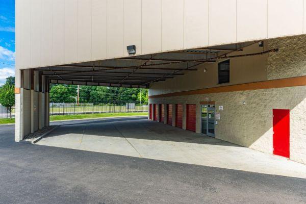 National Storage Centers - Bloomfield 540 S Telegraph Rd  Pontiac, MI - Photo 8