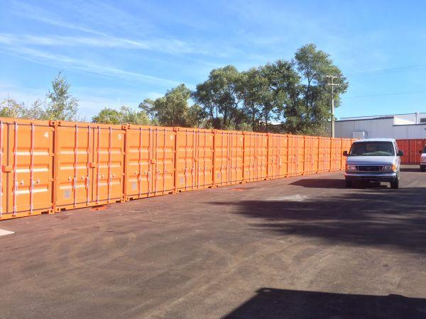 SAFE Keeping Storage - A 26400 W 8 Mile Rd Southfield, MI - Photo 11