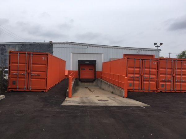 SAFE Keeping Storage - A 26400 W 8 Mile Rd Southfield, MI - Photo 14