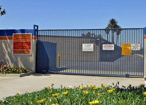 ... Long Beach Self Storage1856 Cherry Ave   Long Beach, CA   Photo 1 ...