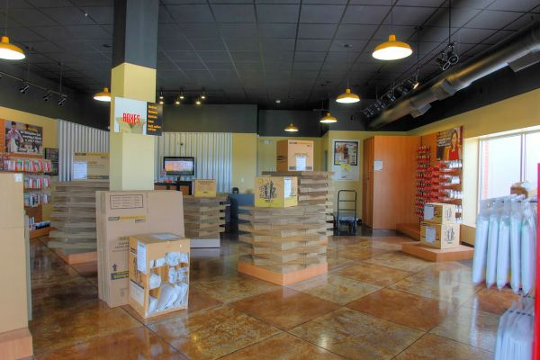 StorageMart - I-29 & 152 Hwy 8900 Nw Prairie View Rd Kansas City, MO - Photo 2