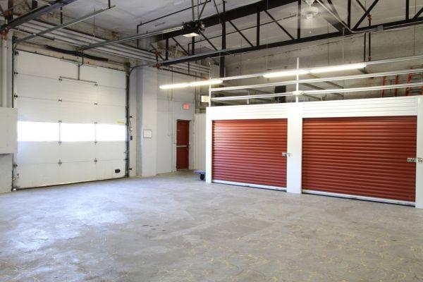 StorageMart - Broadway & 34th 3401 Broadway Boulevard Kansas City, MO - Photo 2