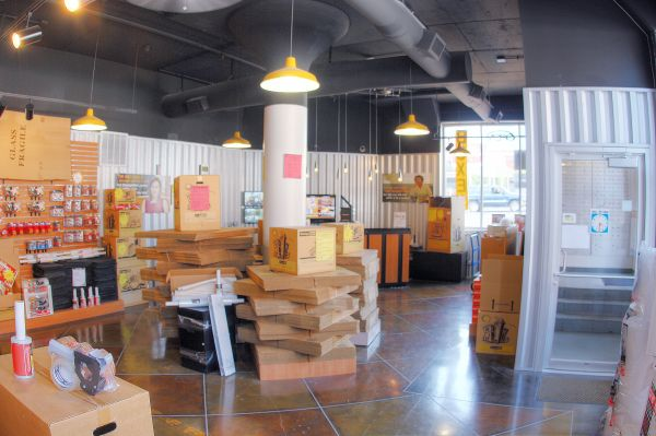 StorageMart - 17th & Grand 1720 Grand Blvd Kansas City, MO - Photo 3