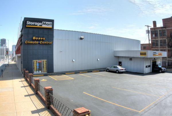 StorageMart - 17th & Grand 1720 Grand Blvd Kansas City, MO - Photo 4