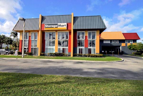 StorageMart - Griffin Rd & I-95 2021 Griffin Road Fort Lauderdale, FL - Photo 0