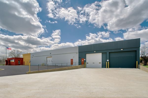 StorageMart - North Ave & I-355 100 W North Ave Lombard, IL - Photo 5