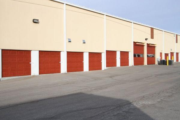 StorageMart - 151st & Antioch 15201 Antioch Rd Overland Park, KS - Photo 4