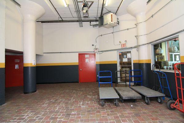 StorageMart - Kent Ave & Wallabout 50 Wallabout St Brooklyn, NY - Photo 2