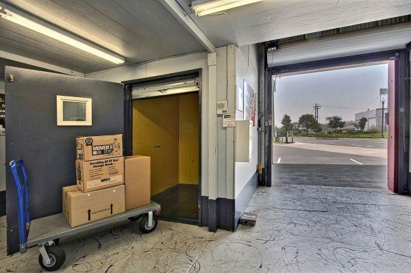 StorageMart - Mandela Pkwy & I-580 2450 Mandela Parkway Oakland, CA - Photo 1