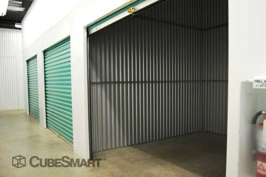 CubeSmart Self Storage - Miami - 19500 W Dixie Hwy 19500 W Dixie Hwy Miami, FL - Photo 4