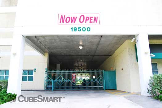CubeSmart Self Storage - Miami - 19500 W Dixie Hwy 19500 W Dixie Hwy Miami, FL - Photo 5
