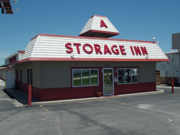 A Storage Inn - Cave Springs 4040 N Service Rd St Peters, MO - Photo 0