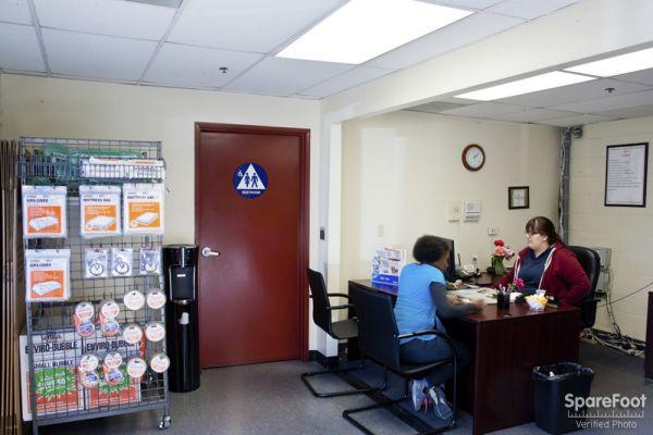 Charmant Safe Storage Of Van Nuys14601 Sherman Way   Van Nuys, CA   Photo 10 ...
