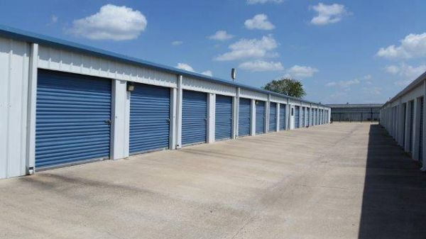 Store It All Storage - Del Valle 5280 East Highway 71 Del Valle, TX - Photo 7