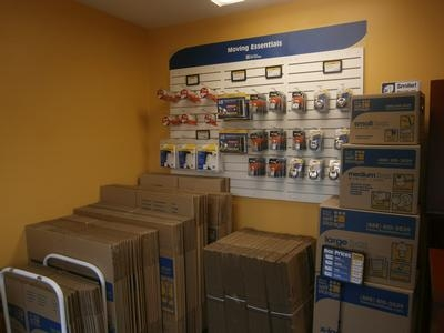 Uncle Bob's Self Storage - Elizabeth480 Allen St - Elizabeth, NJ - Photo 2