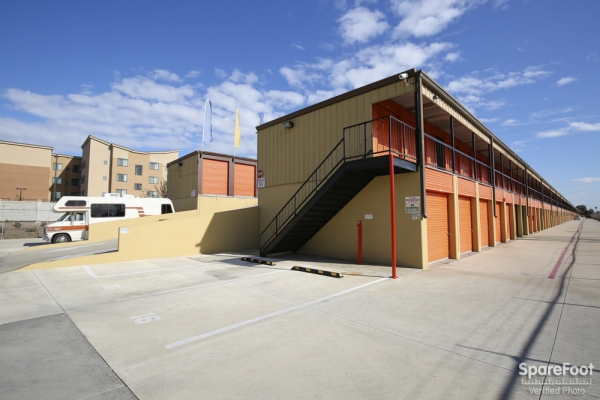 Redondo Torrance Mini Storage3701 Inglewood Ave - Redondo Beach, CA - Photo 5