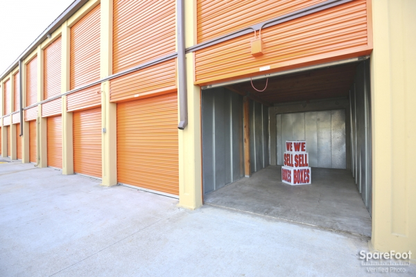 Redondo Torrance Mini Storage3701 Inglewood Ave - Redondo Beach, CA - Photo 10