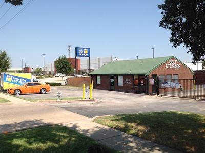 Uncle Bob's Self Storage - Benbrook6162 Southwest Blvd - Benbrook, TX - Photo 0