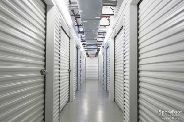 Great Value Storage - Hempstead Rd.10640 Hempstead Hwy - Houston, TX - Photo 11