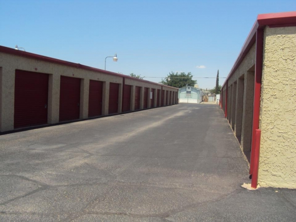 SecurCare Self Storage - El Paso - Will Ruth Ave.5717 Will Ruth Ave - El Paso, TX - Photo 3