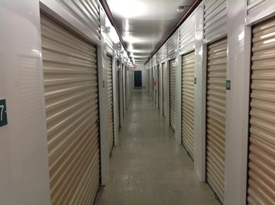 Uncle Bob's Self Storage - Columbus - Evanswood4735 Evanswood Dr - Columbus, OH - Photo 5