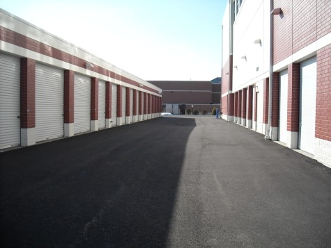 The Lock Up Storage Centers - Willowbrook755 Plainfield Road - Willowbrook, IL - Photo 4