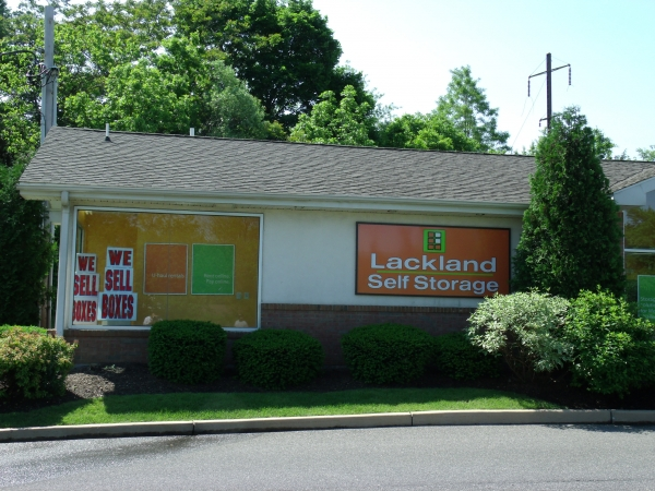 Lackland Self Storage - Monroe Township268 Gatzmer Ave - Jamesburg, NJ - Photo 8