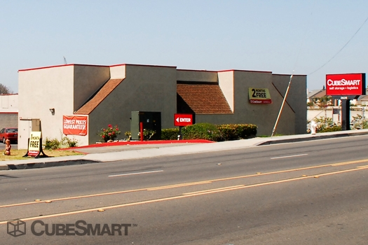 CubeSmart Self Storage2828 West Fifth Street - Santa Ana, CA - Photo 1