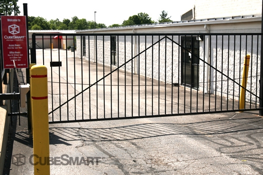 CubeSmart Self Storage4720 Warrensville Center Road - North Randall, OH - Photo 4