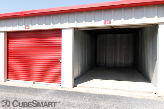 CubeSmart Self Storage1750 Busse Road - Elk Grove Village, IL - Photo 8