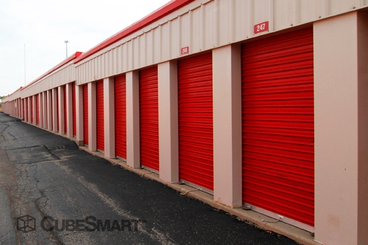 CubeSmart Self Storage20825 N Rand Rd - Kildeer, IL - Photo 5