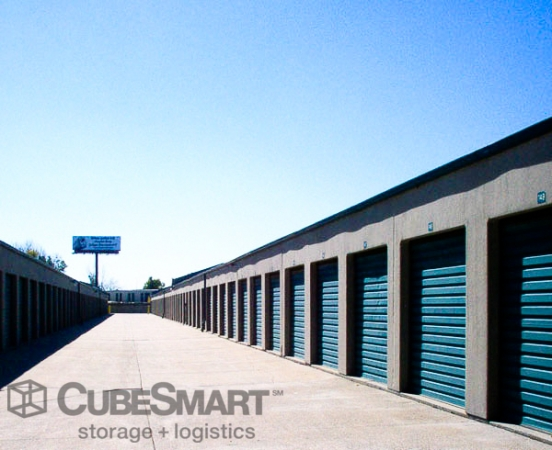 CubeSmart Self Storage2922 South 5Th Court - Milwaukee, WI - Photo 2