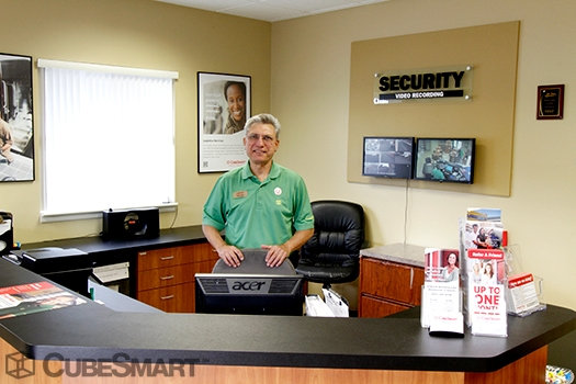 CubeSmart Self Storage30W330 Butterfield Rd - Warrenville, IL - Photo 2