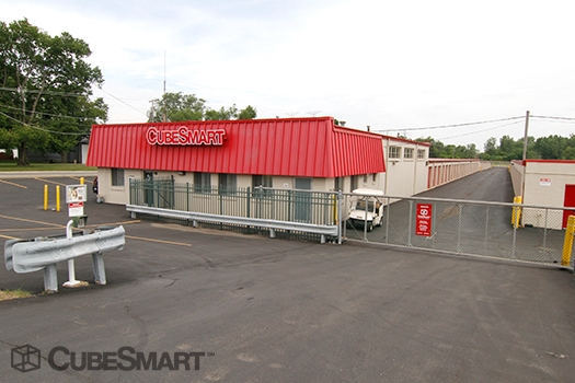 CubeSmart Self Storage30W330 Butterfield Rd - Warrenville, IL - Photo 3