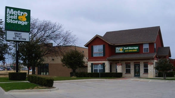 Metro Self Storage - Fort Worth - White Settlement RD9528 White Settlement Rd - Fort Worth, TX - Photo 0