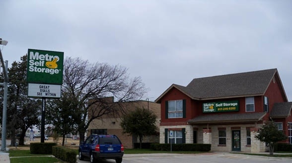 Metro Self Storage - Fort Worth - White Settlement RD9528 White Settlement Rd - Fort Worth, TX - Photo 4