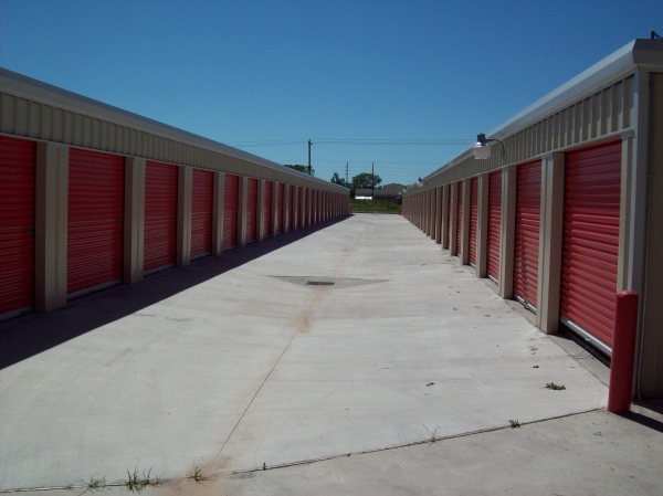 West Bellfort Self Storage9831 W Bellfort St - Houston, TX - Photo 1
