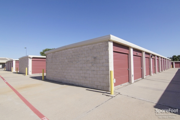 Alamo Self Storage - Carrollton1953 E Frankford Rd - Carrollton, TX - Photo 4