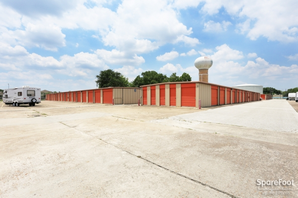 Red Bluff Self Storage3601 Red Bluff Rd - Pasadena, TX - Photo 2