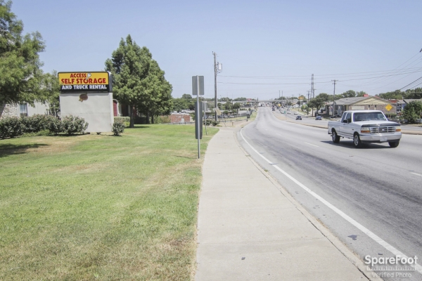 Access Self Storage - Pleasant Grove3241 S Buckner Blvd - Dallas, TX - Photo 8