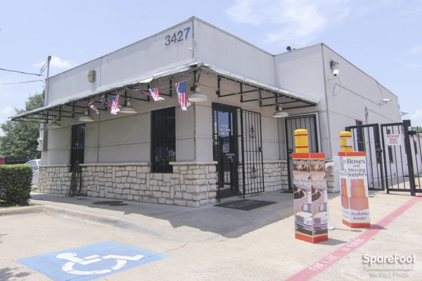 Access Self Storage - Oak Cliff3427 Marvin D Love Fwy - Dallas, TX - Photo 0