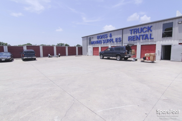 Access Self Storage - Oak Cliff3427 Marvin D Love Fwy - Dallas, TX - Photo 3