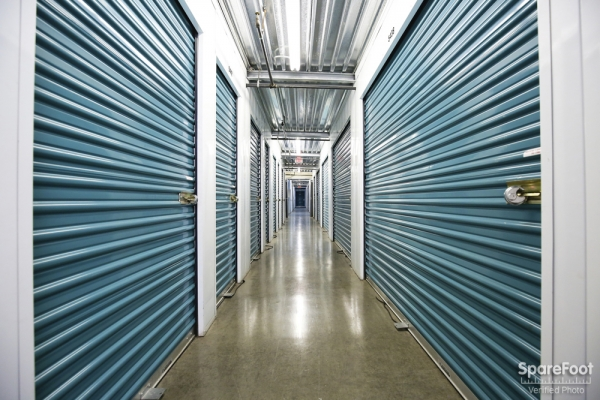Saf Keep Self Storage - Los Angeles - San Fernando Road2840 N San Fernando Rd - Los Angeles, CA - Photo 9