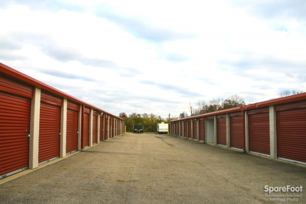Security Self Storage - Golf Village7533 Woodcutter Dr - Powell, OH - Photo 5