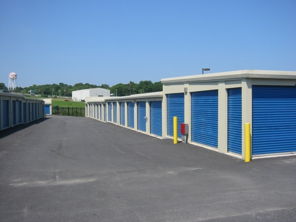 Storage Pros - New Bedford376 Hathaway Rd - New Bedford, MA - Photo 2