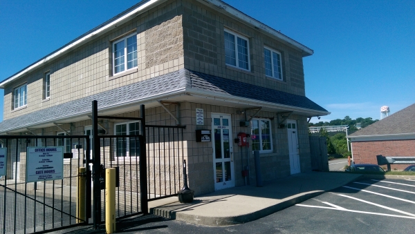 Storage Pros - New Bedford376 Hathaway Rd - New Bedford, MA - Photo 6