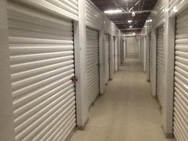 SAFE Keeping Storage - A26400 W 8 Mile Rd - Southfield, MI - Photo 4